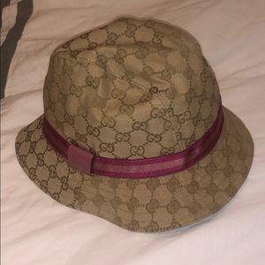 Gucci vintage bucket hat